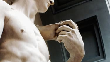 Is Michelangelo's David about to collapse?