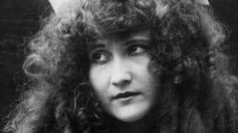 1900s girl
