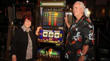 After two decades, a legendary Las Vegas slot machine finally hands over its elusive jackpot