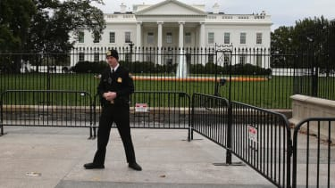 Woman with handgun arrested outside White House after Obama immigration speech