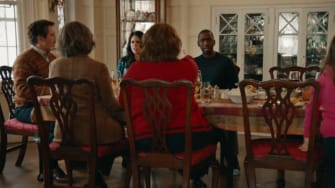 Saturday Night Live takes on the awkward Thanksgiving dinner