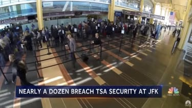 11 people walk through TSA checkpoint at JFK without being screened