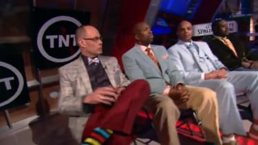 TNT's NBA analysts honored Craig Sager by donning ugly, mismatched suits