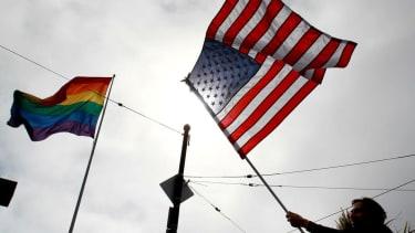 Judge strikes down Kansas' gay marriage ban