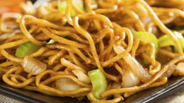 Chinese restaurant admits to selling 'opium-laced noodles'
