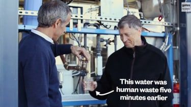 Bill Gates drinks water made from human waste to demonstrate a revolutionary sewage treatment breakthrough