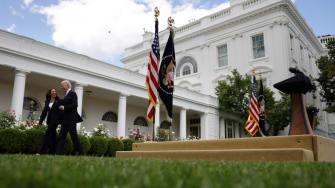 White House, Harris, Biden.