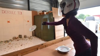 Plate smashing booth in France