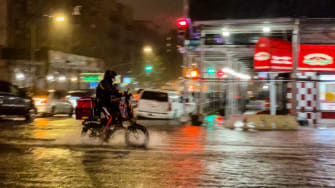 Food delivery in NYC flood