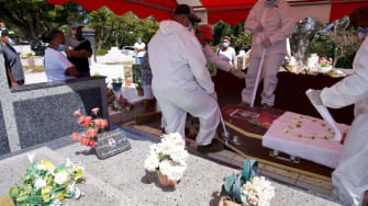 COVID-19 burial