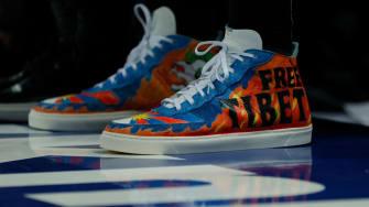 Enes Kanter shoes