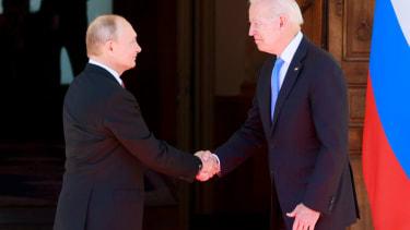 Vladimir Putin, Joe Biden.