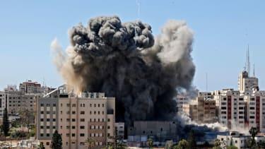 Israeli airstrike hits Gaza's Jala Tower