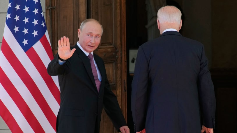 U.S. reporter tells Putin his opponents end up 'dead, imprisoned, or jailed,' asks 'what are you so afraid of?'